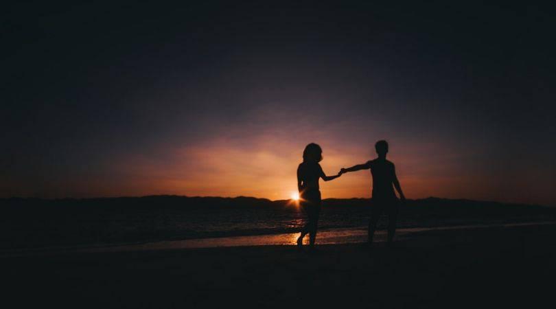 4 Große Unterschiede zwischen einem Seelenverwandten und einem Lebenspartner