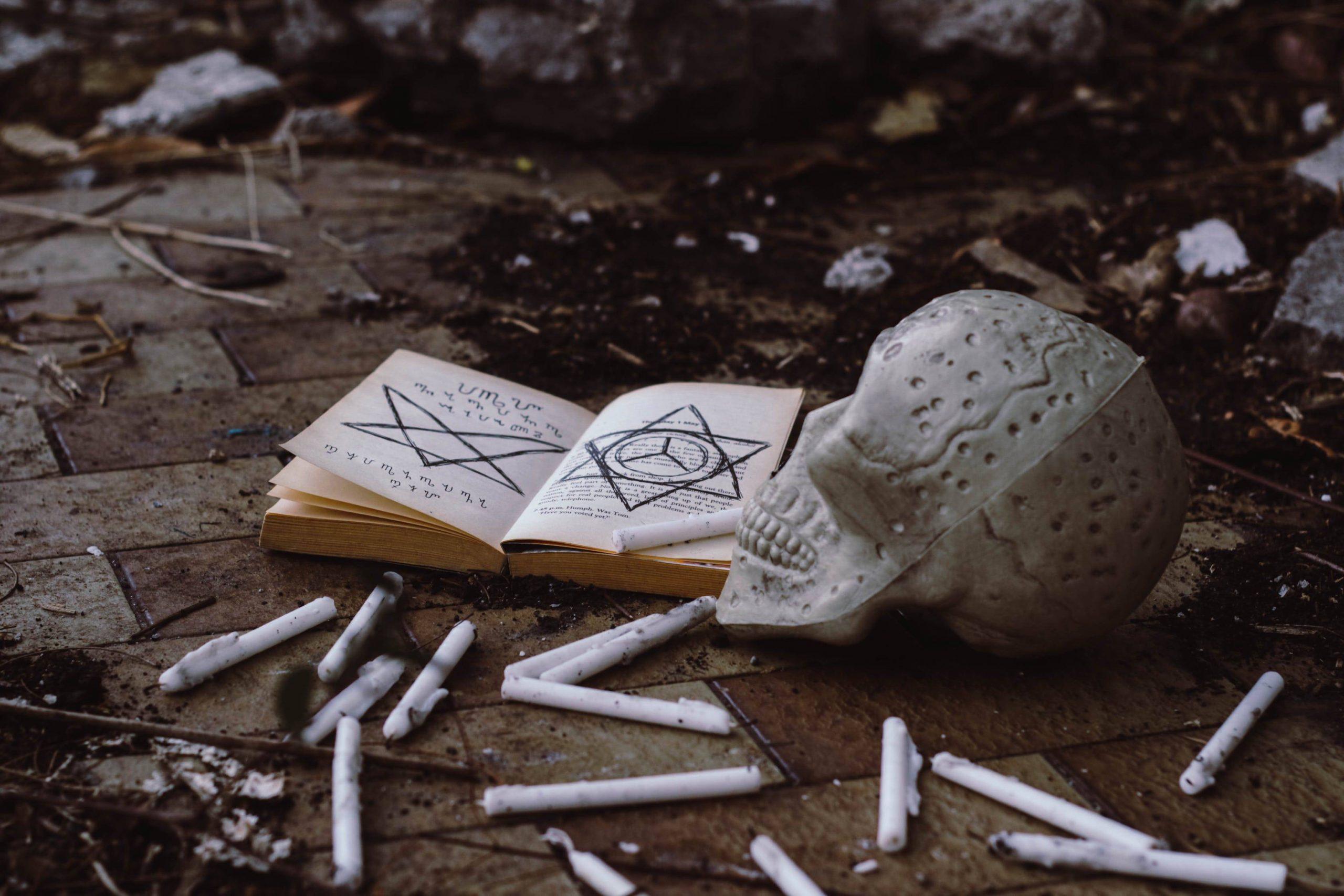 6 Zeichen, dass du eine Hexe in einem vergangenen Leben warst