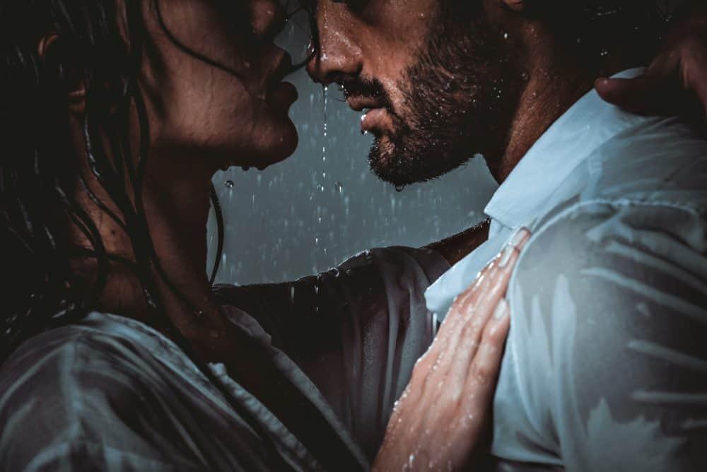 77 fesselnde und ehrliche Liebessprüche zum Nachdenken