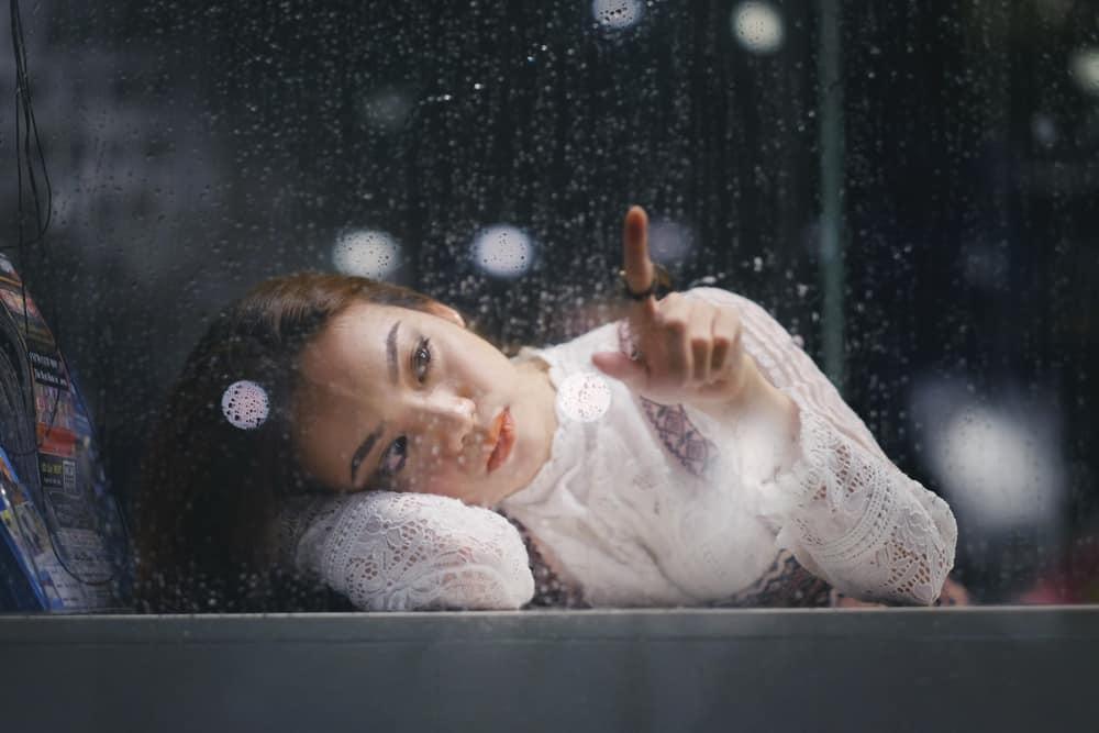 11 typische Verhaltensweisen, die emotional verletzte Menschen unbewusst zeigen