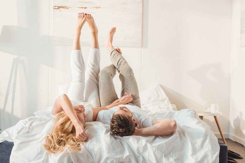 50 Fragen, die du deinem Partner stellen kannst, wenn euch langweilig ist