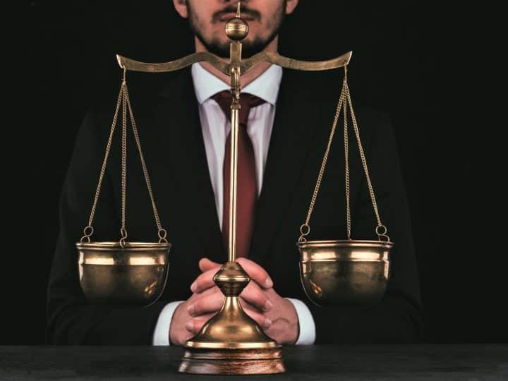 Waage-Mann verliebt: Wird er sich jemals entscheiden