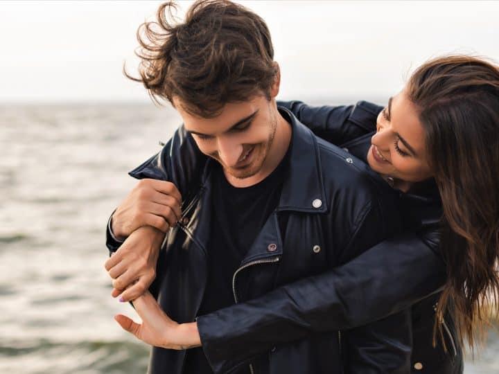 Widder-Mann verliebt: Geben Sie ihm die sonderbare Liebe, die er braucht