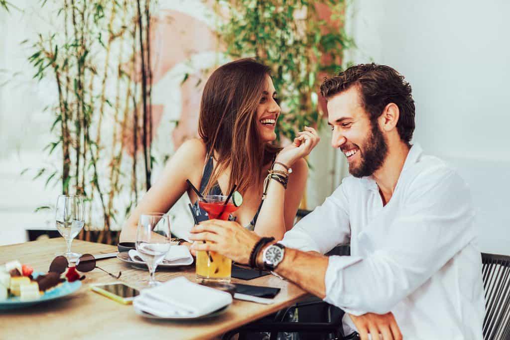 Diese 6 privaten Dinge musst du deinem Partner nicht unbedingt anvertrauen
