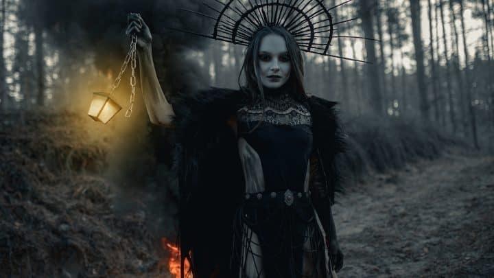 Hela, Göttin des Todes: Die allmächtige Königin der Unterwelt