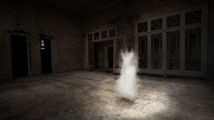 7 Zeichen, dass ein Geist in Ihrem Haus ist